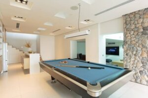 Salle de jeux avec Billard et Home Cinema Phuket