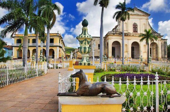 cuba trinidad plaza mayor