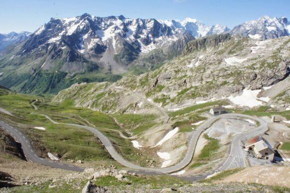 la route des grandes alpes velo