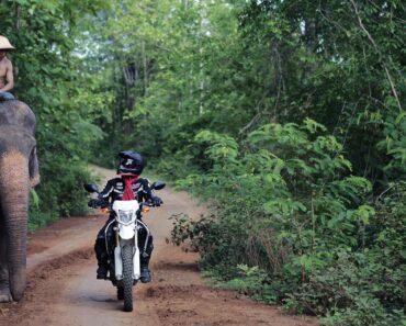 Voyager en moto au Laos