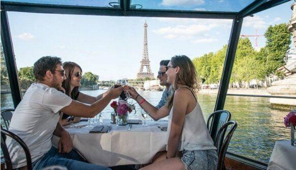 Dejeuner Croisiere sur la Seine