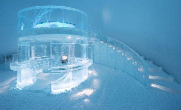 L'hôtel de glace au cercle arctique