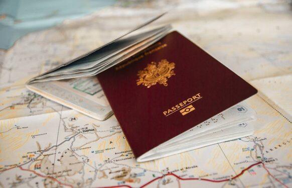 Les papiers d'identité et visa
