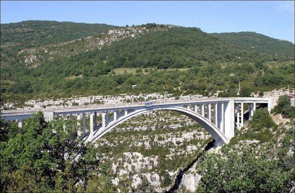 saut à l'élastique pont de l'Artuby