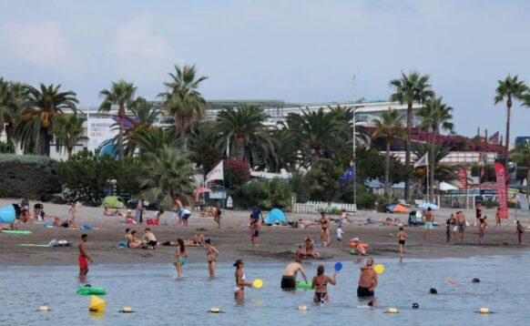 la plage de Saint-Laurent-du-Var