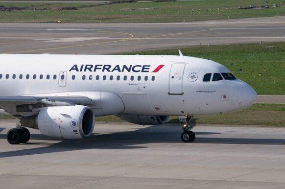 Que faire en cas de vol annulé/retardé avec Air France ?