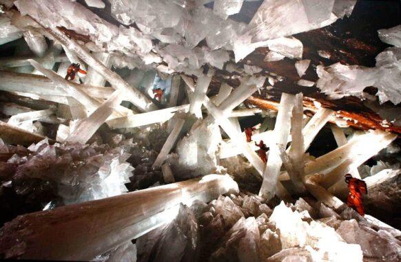 La grotte des cristaux