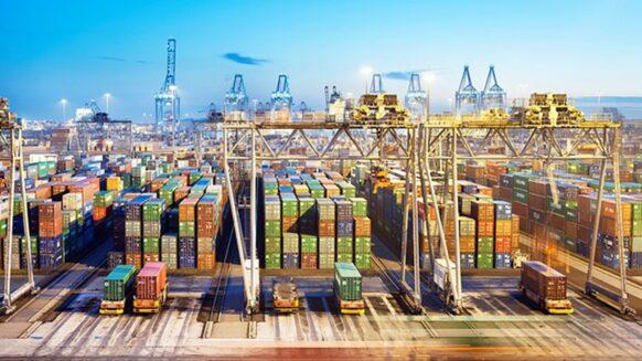 Premier port européen, Rotterdam