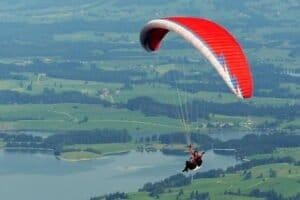 Le parapente: l'appareil de vols le plus pratique
